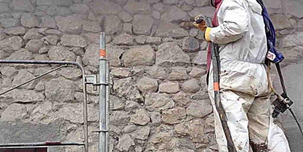 Comment nettoyer des pierres de protection ?