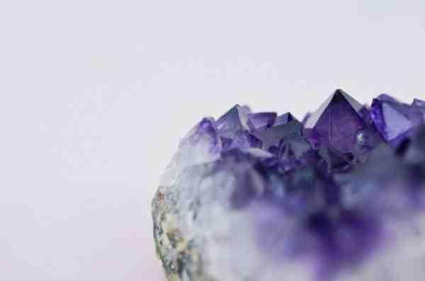 Comment reconnaître une pierre précieuse ?