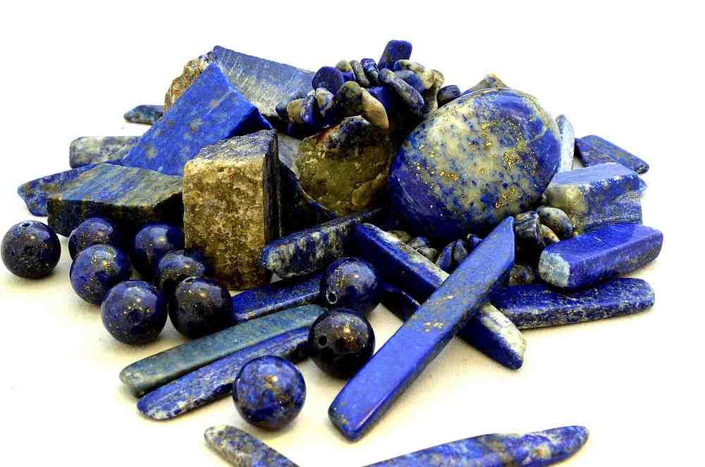 Quelle est la signification de la pierre lapis lazuli ?